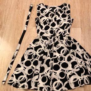 Beautiful modern swing dress by Alfani 10P